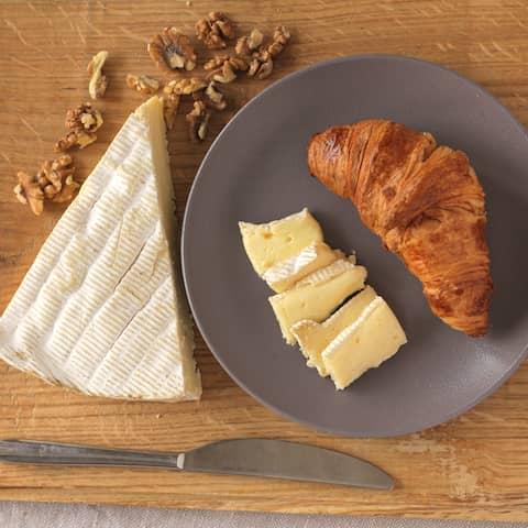 Kod Francuza, sirevi kod Francuza, francuski sir, french cheese, cheese, brie, bri sir