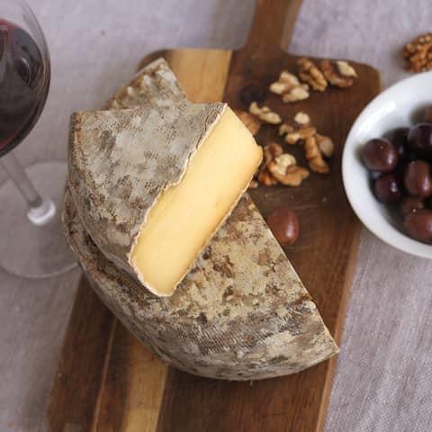 Kod Francuza, sirevi kod Francuza, francuski sir, french cheese, cheese, tomme de savoie